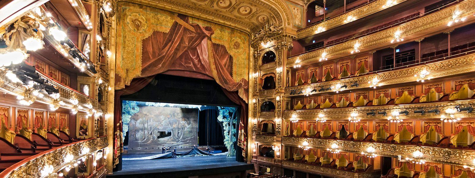 Gustavo Gimeno: «Être invité au Teatro Colón de Buenos Aires, c'est un vrai cadeau qui ne se refuse pas.»