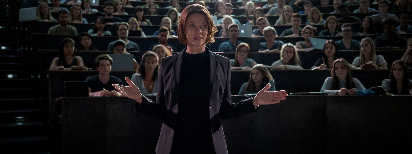 Kaltschnäuzige Visionärin: Mit Professorin Tanja Lorenz (Jessica Schwarz) ist nicht zu spaßen.
