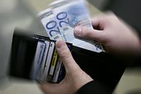28.02.08 kaufkraft, kauf, geld,  inflation, wert, photo: Marc Wilwert