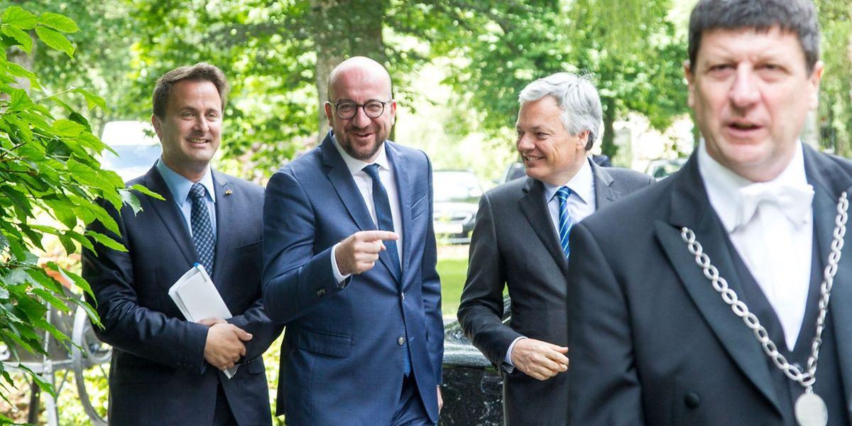 Xavier Bettel aux côtés de Charles Michel et Didier Reynders