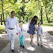 Le prince Louis entouré de son épouse et de ses enfants