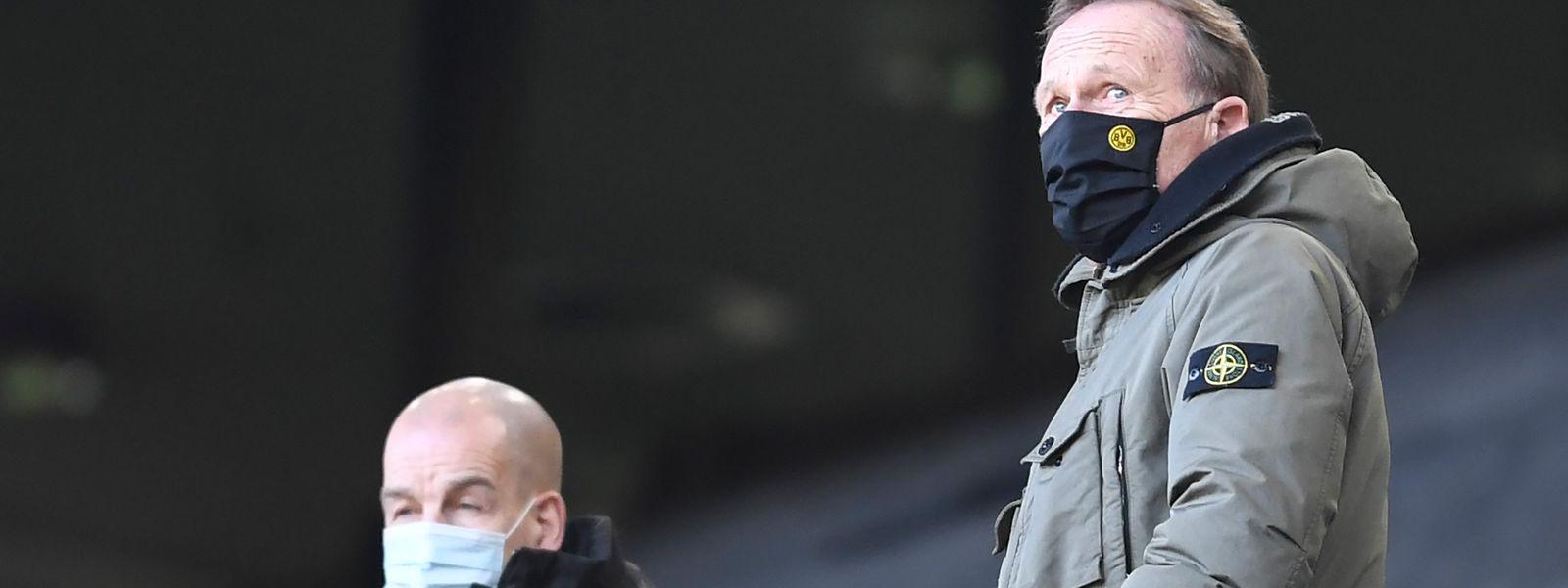Dortmunds Geschäftsführer Hans-Joachim Watzke (r.) setzt nach den Vorkommnissen auf den Dialog.