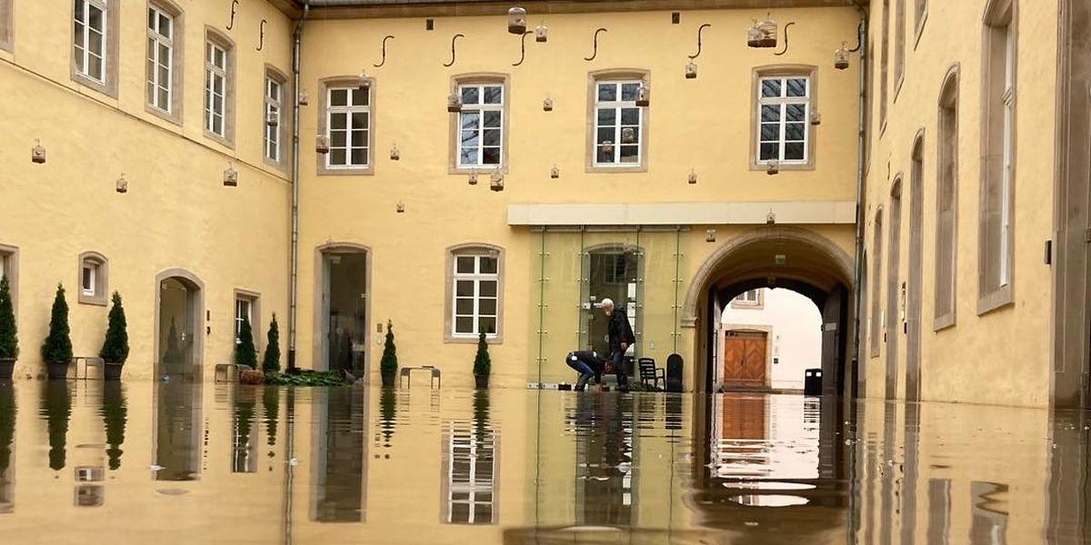 Die Agora von Neimënster stand zeitweise unter Wasser.