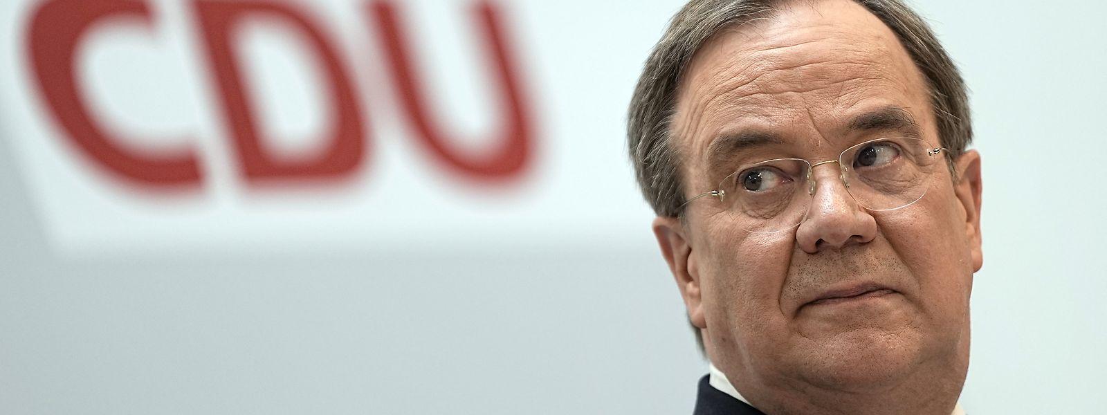 CDU-Chef Armin Laschet muss die Erzkonservativen in seiner Partei befrieden und zugleich moderate Wähler ansprechen.