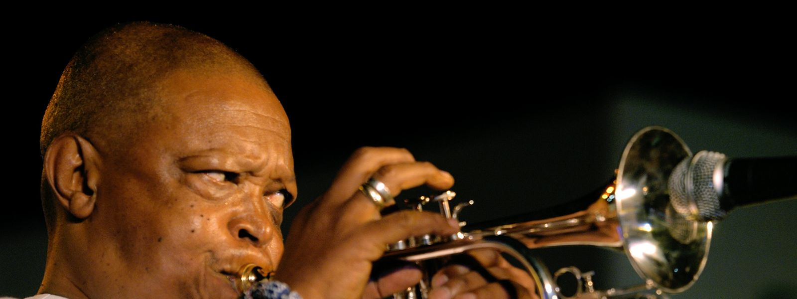 Masekela galt als einer der Pioniere des Afro-Jazz.