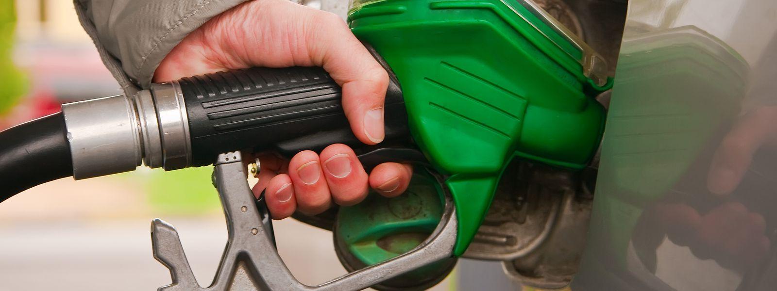 Si les prix des produits pétroliers sont plus chers par rapport à juin 2020, ils restent tout de même en dessous des tarifs affichés en juillet 2019.