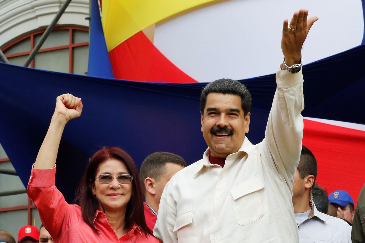 Uneinsichtig: Venezuelas Präsident Nicolas Maduro mit seiner Frau, der sozialistischen Abgeordneten Cilia Flores.