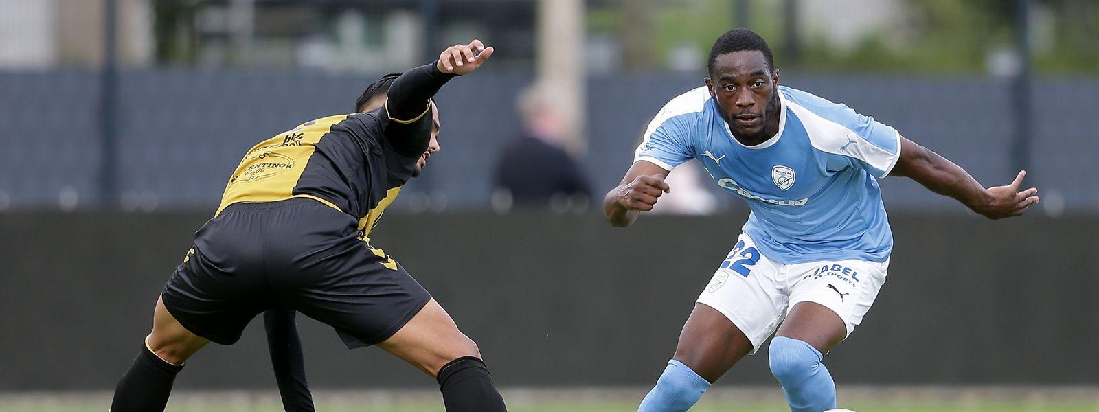 Yann Mabella et le Racing jouent à plein leurs rôles d'arbitres du championnat. En marquant deux buts sur la pelouse de Niederkorn, l'attaquant français a fait chuter le Progrès.