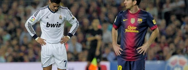 Cristiano Ronaldo (à g., en blanc) et Lionel Messi figurent logiquement parmi les 30 nommés