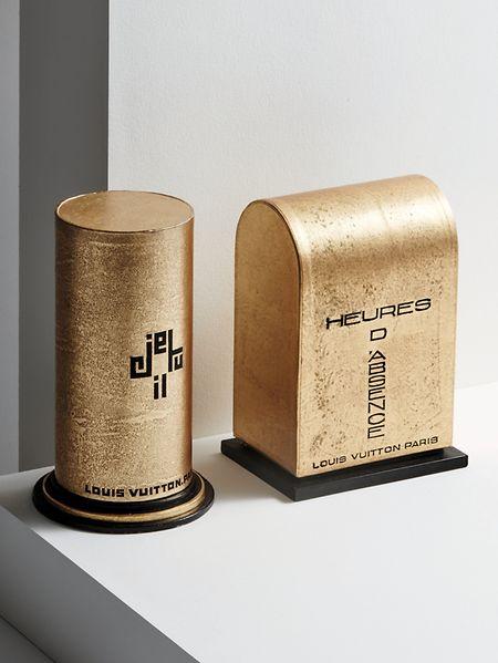 Ein paar Verpackungen und einzelne Glasflakons – dies ist alles, was von den frühen Parfums erhalten blieb.