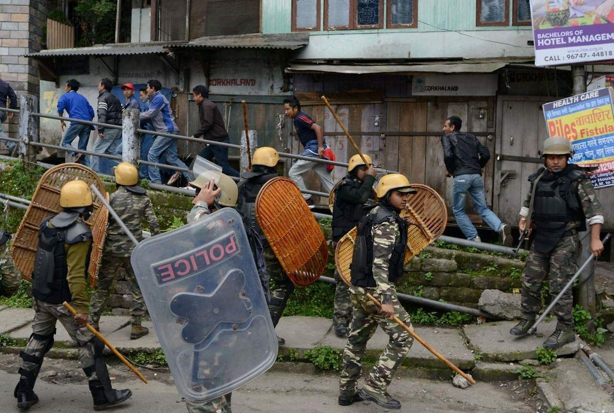 Im Bezirk Mandsaur erschossen Polizisten am 6. Juni fünf Demonstranten.