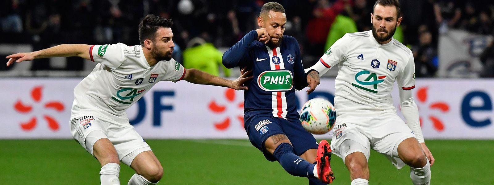 Le Paris Saint-Germain compte beaucoup sur Neymar pour le sortir d'un mauvais pas.
