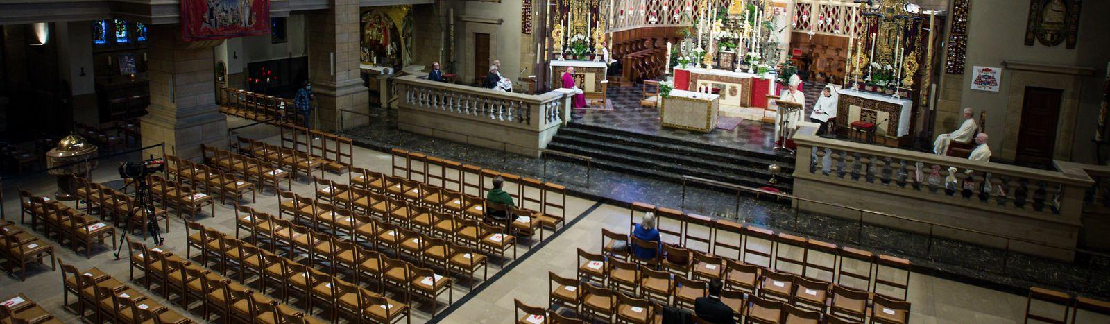 Die Eröffnung der Oktave 2020 fand in der fast leeren Kathedrale statt.