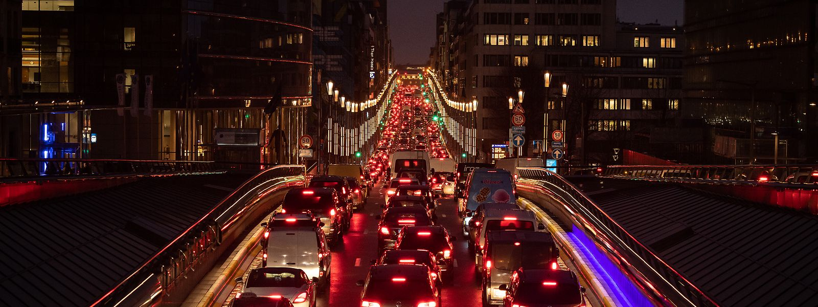 Bruxelles, en termes de circulation, est trop souvent synonyme d'embouteillages et pollution.