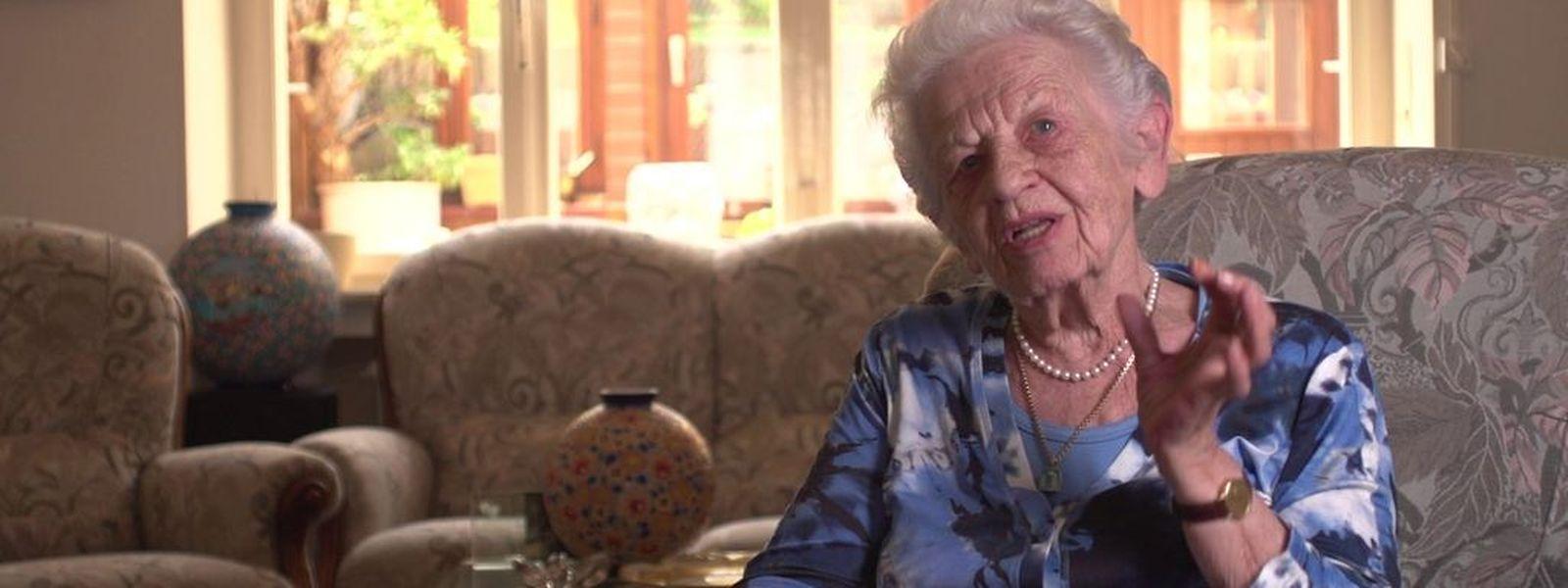 Irene Bastian (Foto) wird von Loretta Walz interviewt.