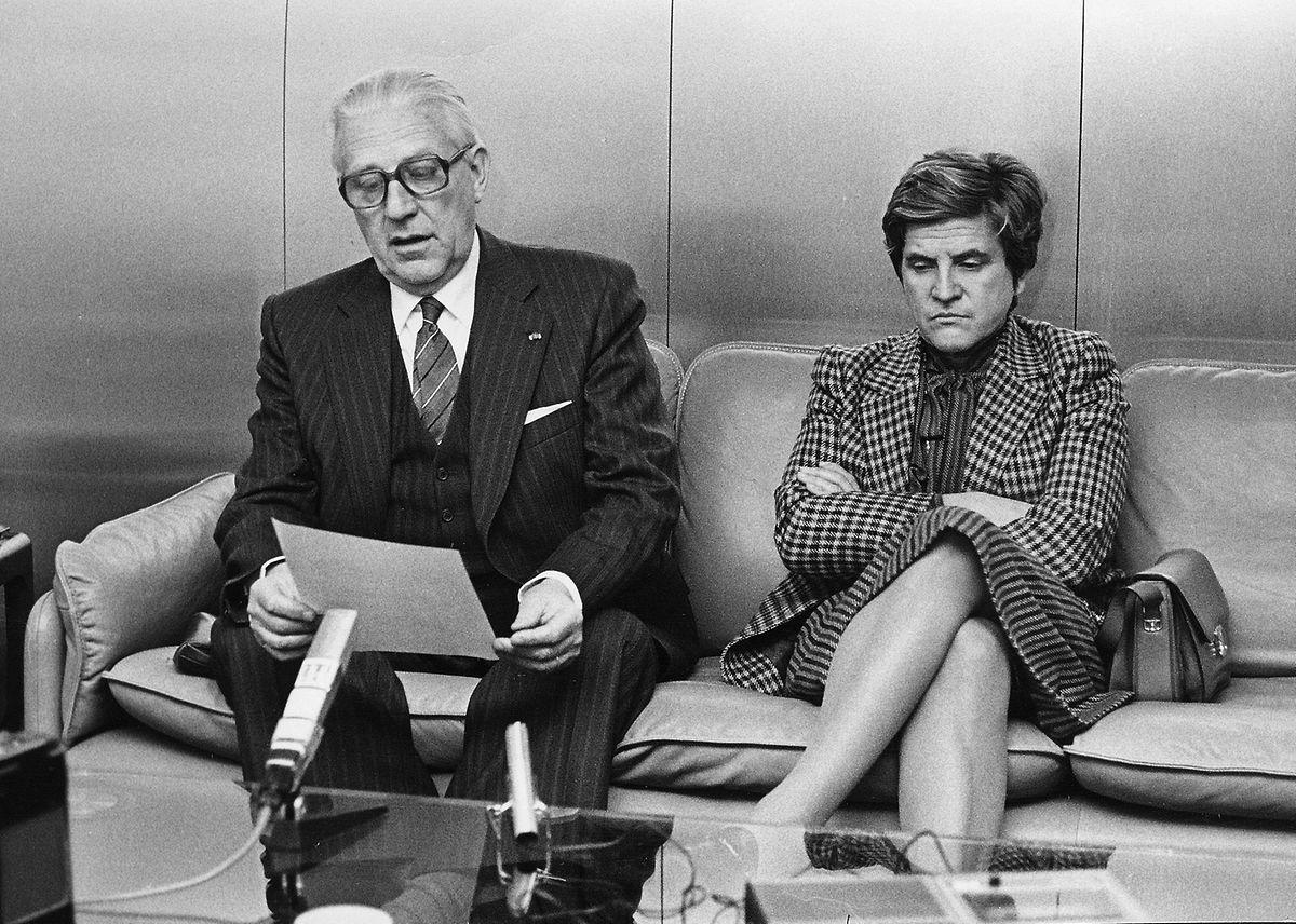 Pierre Werner und Colette Flesch im November 1981 nach der Rückkehr einer Staatsvisite in Frankreich.