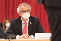 IPO,Chamber Budgets-Rapport vum Rapporteur Francois Benoit.Pierre Gramegna.Foto: Gerry Huberty/Luxemburger Wort