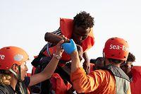 Schätzungen zufolge sind von 2014 bis jetzt 19.005 Menschen im Mittelmeer ertrunken.