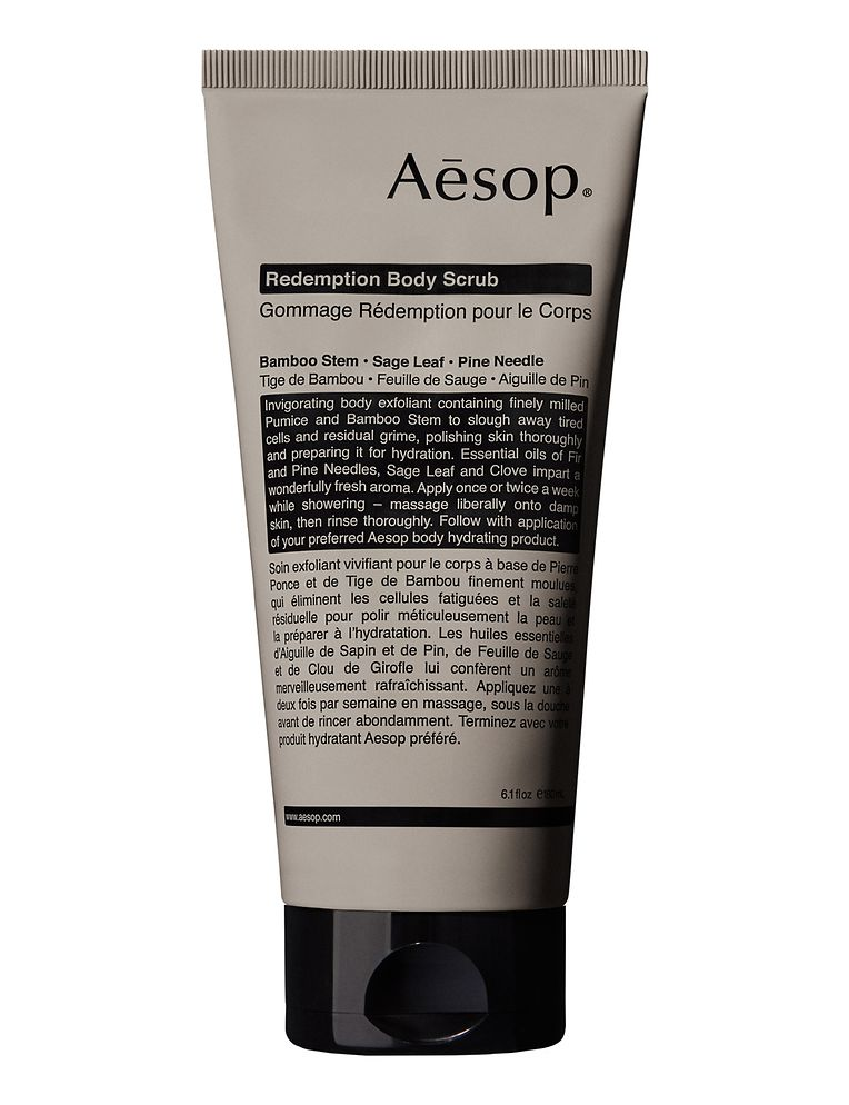 """Frischekick von Aesop: """"Redemption Body Scrub"""" mit gemahlenem Bimsstein, Bambus und Piniennadelöl (180 ml um 33 Euro)."""