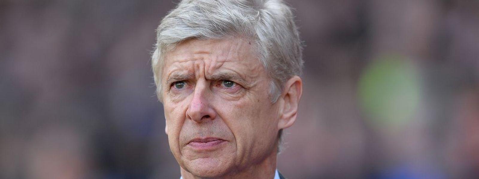 choisir le dernier prix bas offre spéciale Football / Gros plan sur Arsène Wenger: Monaco et Arsenal, c ...