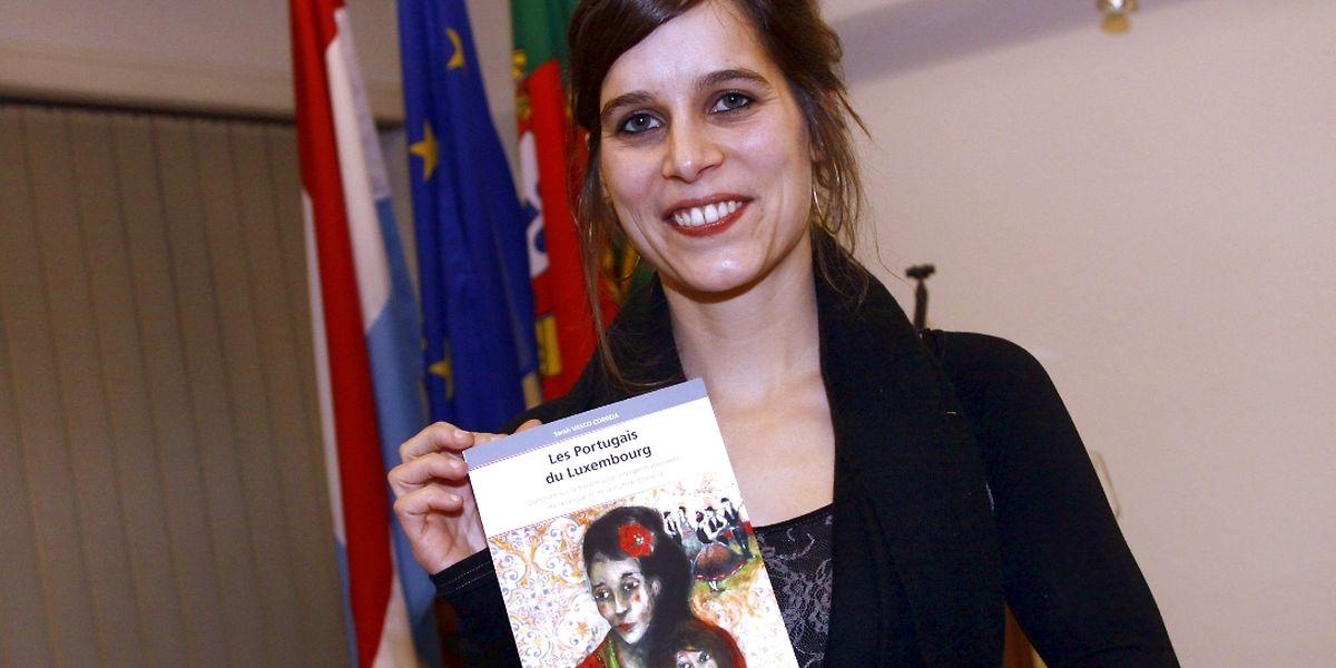 Sarah Vasco Correia, especializada em sócio-linguística, apresentou no Instituto Camões um livro premiado sobre a transmissão da língua portuguesa entre gerações de imigrantes