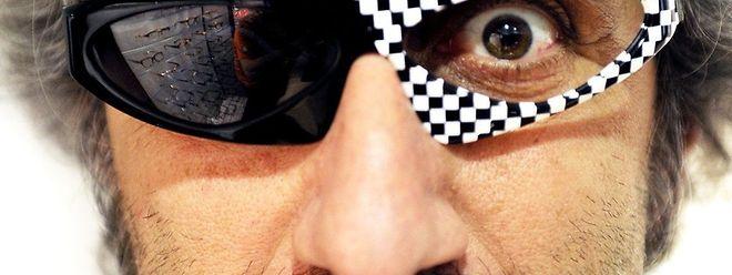Alain Miklitarian a fait des lunettes des bijoux pour le visage