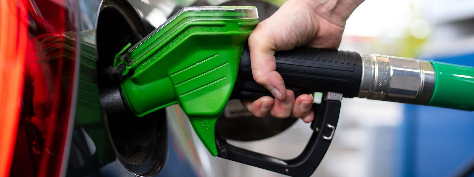 Der Ottokraftstoff ist ab Dienstag etwas günstiger.