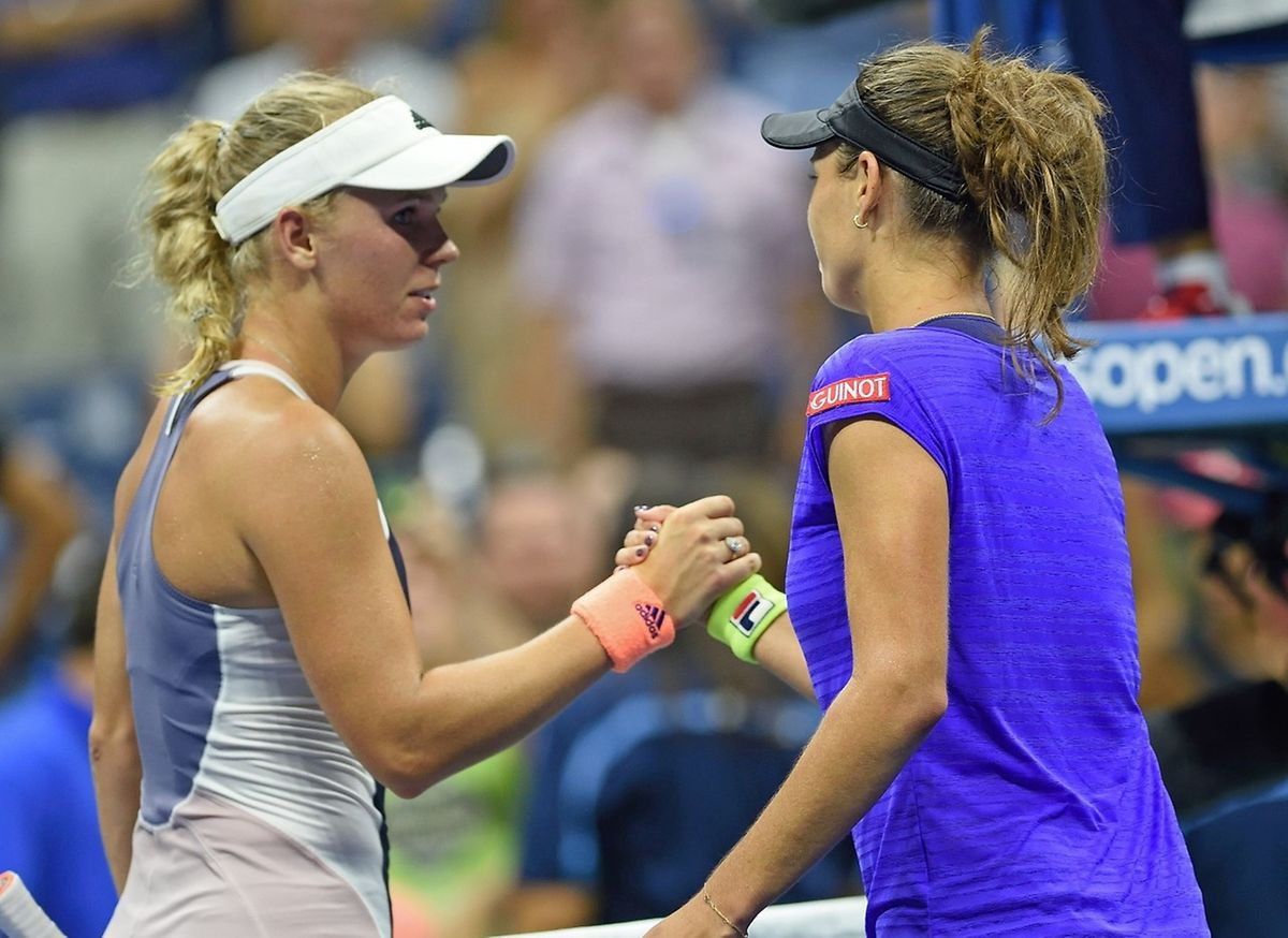 Caroline Wozniacki a gaspillé quatre balles de match, avant de s'incliner face à la Tchèque Petra Cetkovska