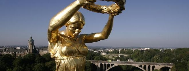 A mulher que serviu de modelo à Gëlle Fra nunca quis que se soubesse que posou para o escultor Claus Cito