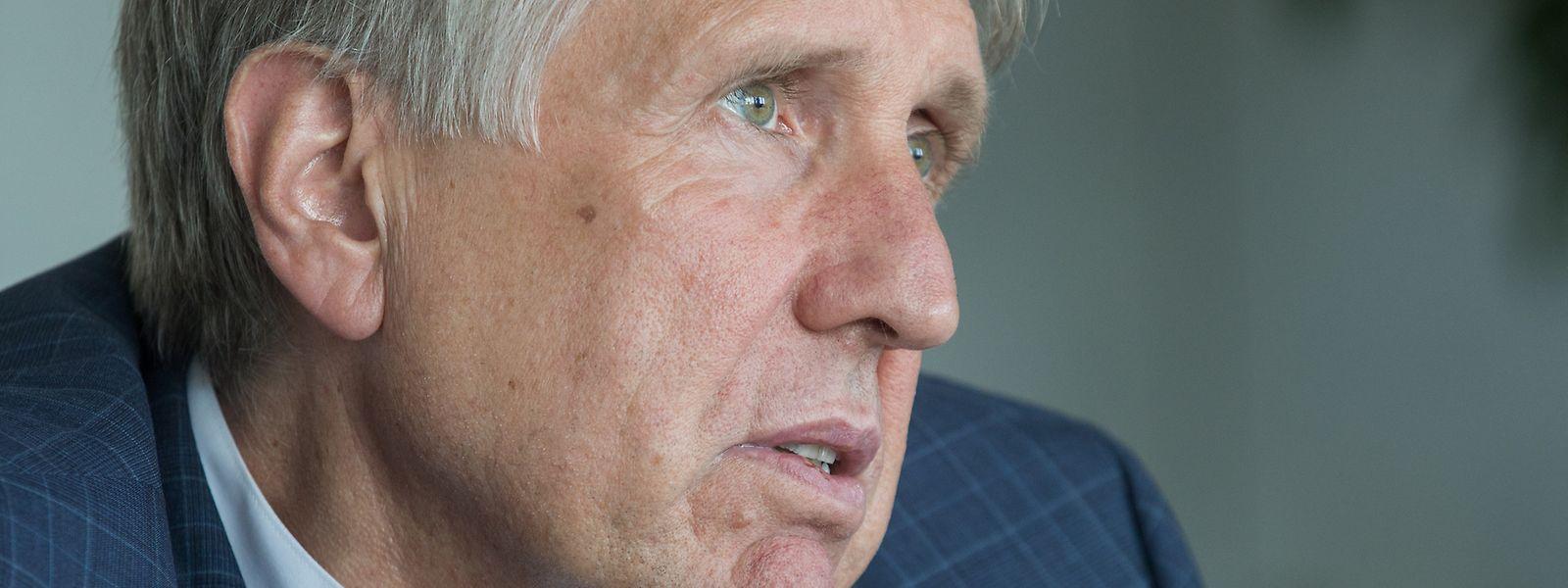 François Bausch indique que le projet de loi portant sur la confidentialité des données et leur exploitation par la police devrait être présenté en octobre.