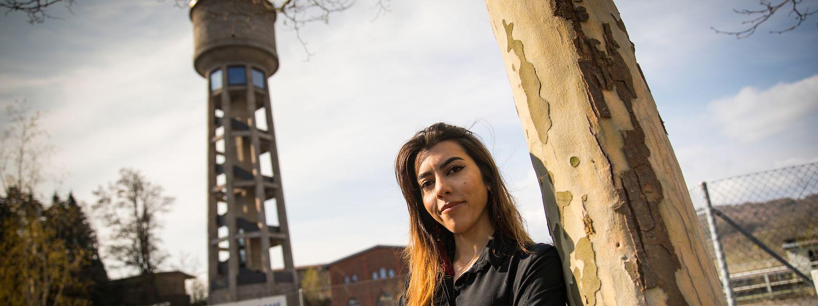 Selbstbewusst und zielstrebig geht Yasmine Hussein ihre Zukunftsprojekte an.