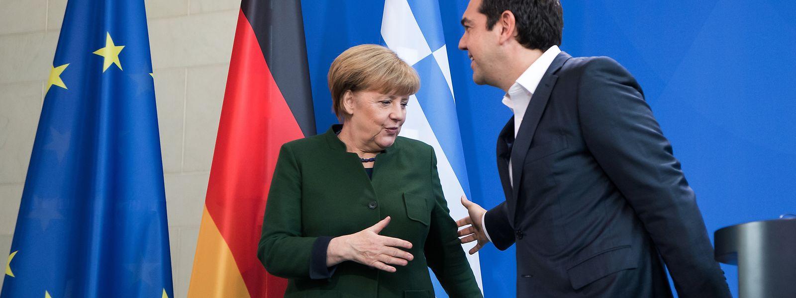 Bundeskanzlerin Angela Merkel (CDU) und der griechische Ministerpräsident Alexis Tsipras.