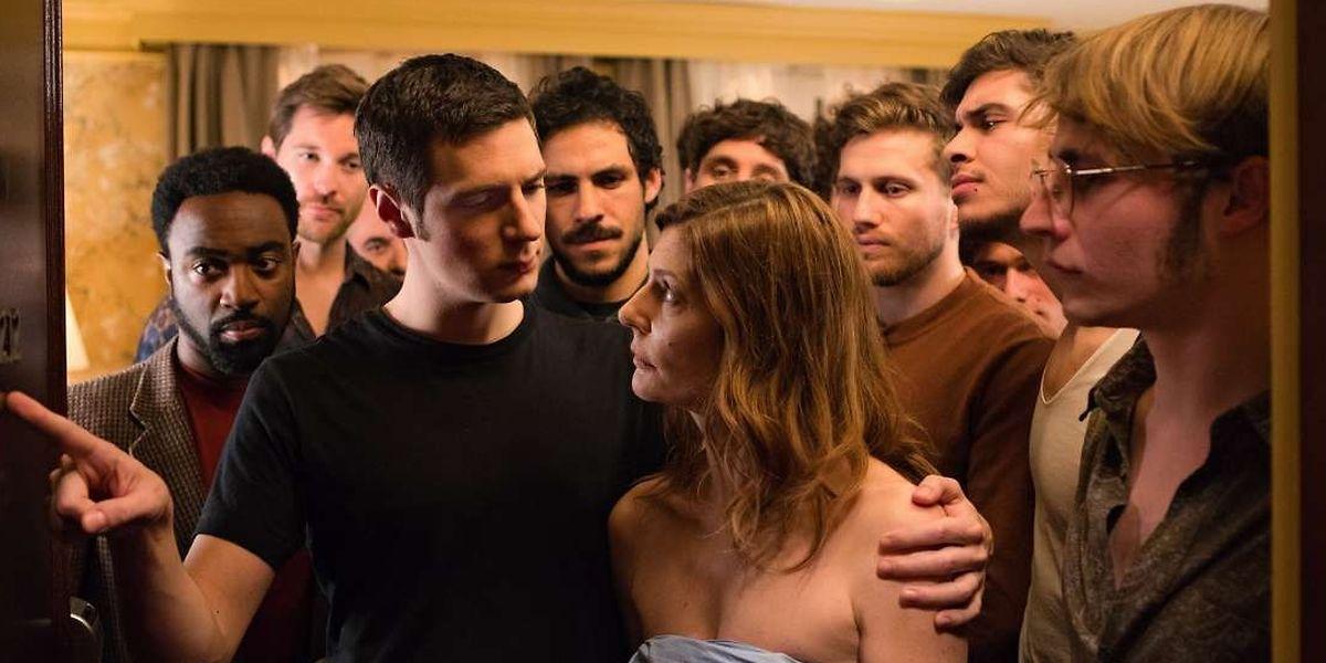 """L'affiche du film """"Chambre 212» en compétition à Cannes en 2019."""