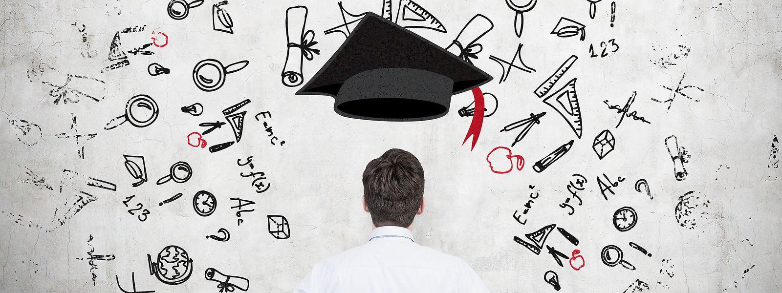 Abendkurse, e-Learning und Co.: Immer mehr Arbeitnehmer aller Altersklassen entscheiden sich für eine Weiterbildung oder ein Zusatzstudium.