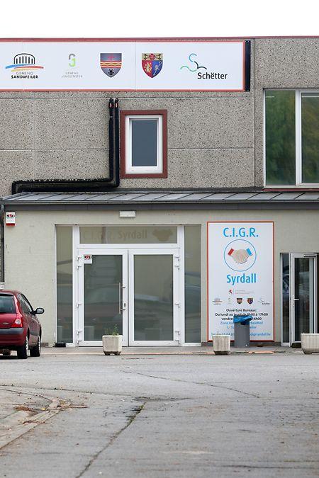 Die Beschäftigungsinitiative hat ihren Sitz in der Industriezone Schaedhaff in Sandweiler.
