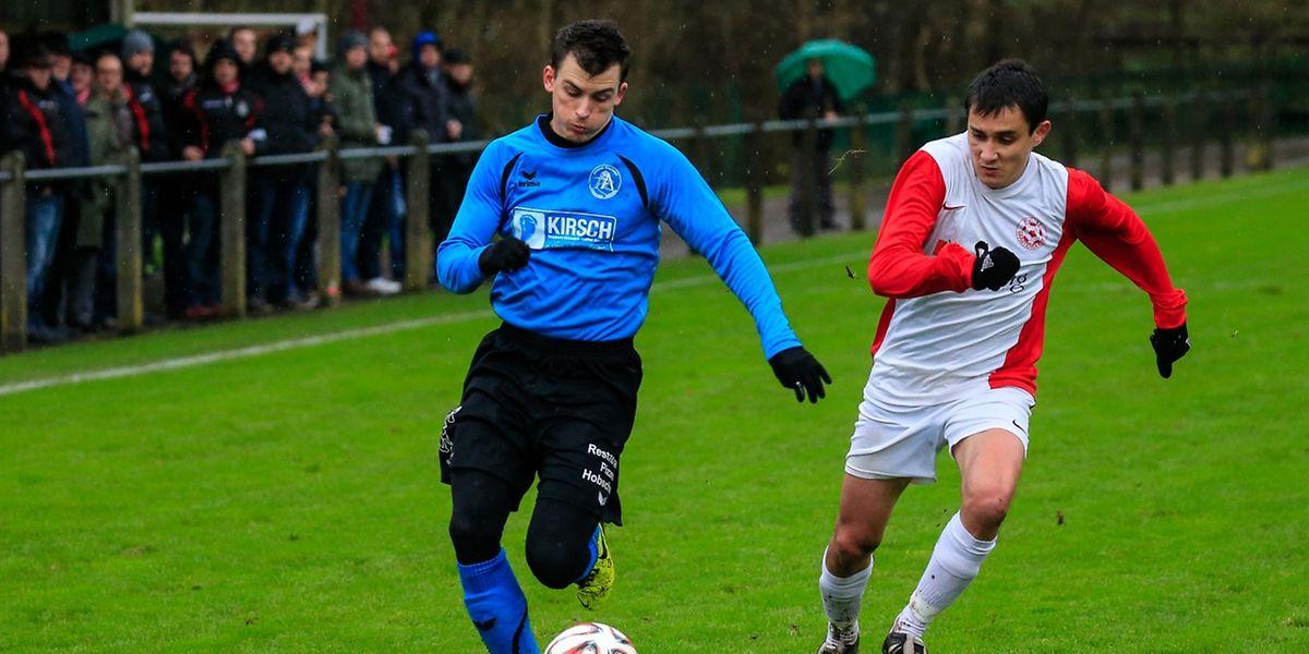 Cedric Eggen (Alliance Äischdall, à g.) et Marcin Gaborek (FC Bastendorf) se sont quittés dos à dos (1-1)