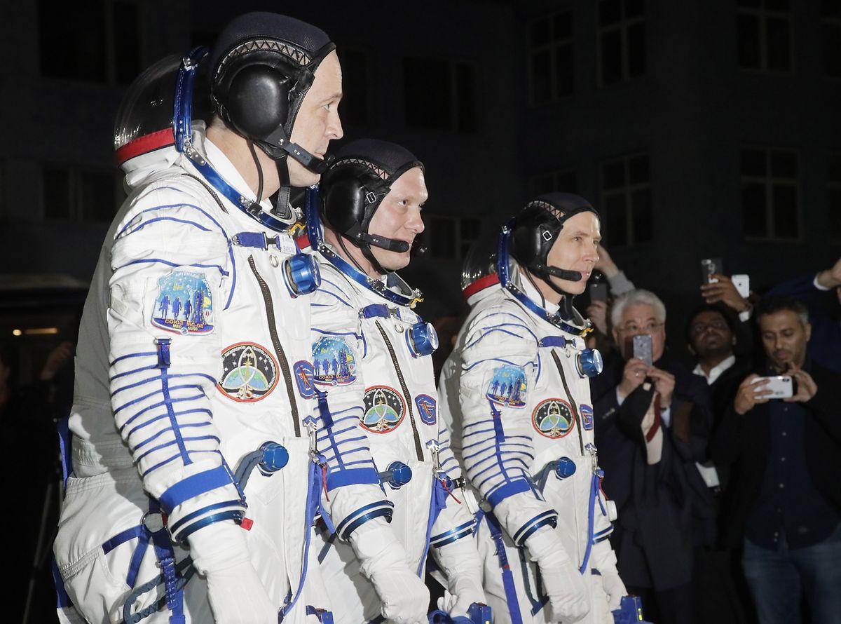 Die Nasa-Astronauten Andrew Feustel (rechts) and Richard Arnold (links) waren am 21. März zusammen mit dem russichen Kosmonauten Oleg Artemyev zur ISS gestartet.