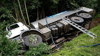 Le camion s'est retrouvé dans le fossé.