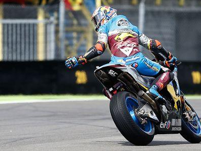 Jack Miller se retourne pour s'assurer qu'il ne rêve pas. L'Australien a remporté le GP des Pays-Bas.