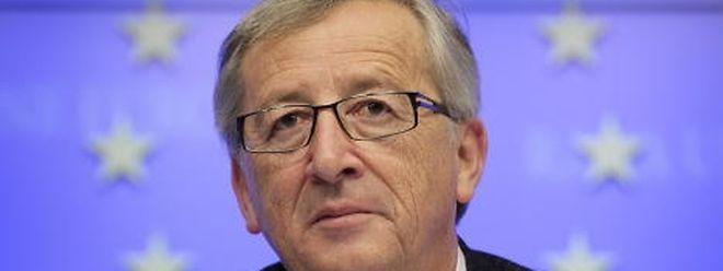 """In der Euro-Krise habe Juncker, erschüttert, manchmal auch zornig mit ansehen müssen, wie ausgerechnet der Euro, der das europäische Einigungsprojekt unumkehrbar machen sollte, den Kontinent zu spalten drohte, schreibt """"Die Zeit"""" in ihrem Juncker-Porträt."""