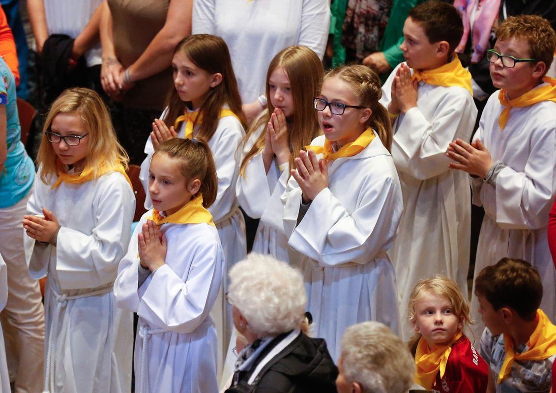 Oktave - Messe für die neuen Pfarreien: Wooltz Saints-Pierre-et-Paul & Öewersauer Saint-Pirmin, Luxembourg, le 18 Mai 2017. Photo: Chris Karaba