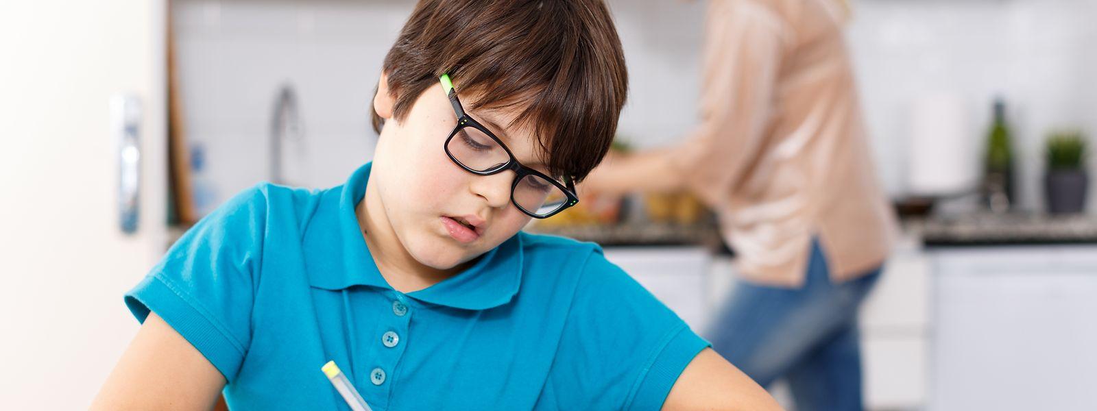 Die Schulschließung entbindet die Kinder nicht von der Schulpflicht. Die Zeit soll genutzt werden, um den Lernprozess in Gang zu halten.
