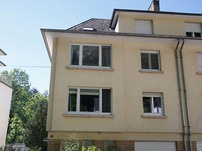Die junge Frau war vor zehn Wochen tot in ihrer Wohnung in der hauptstädtischen Rue de Pulvermuehl entdeckt worden.