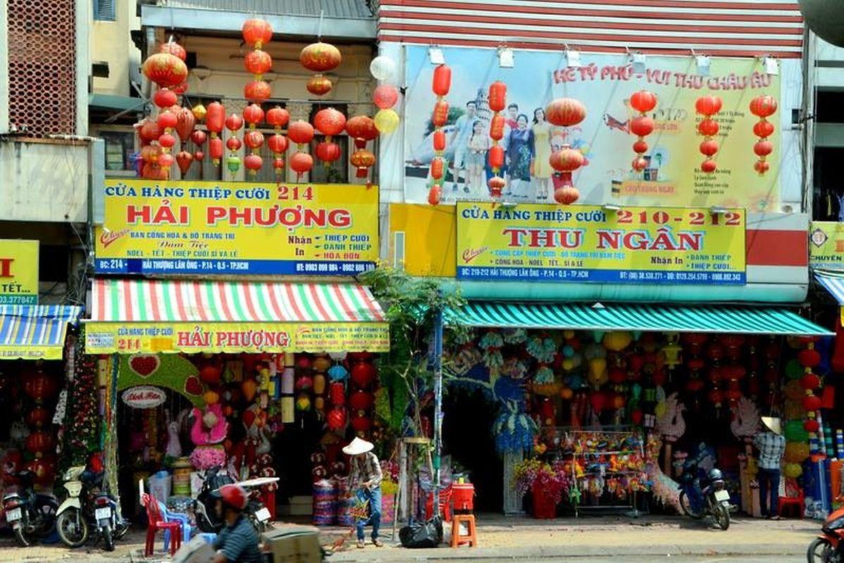 Le quartier de Cho Lon et ses échopppes chinoises à Saïgon