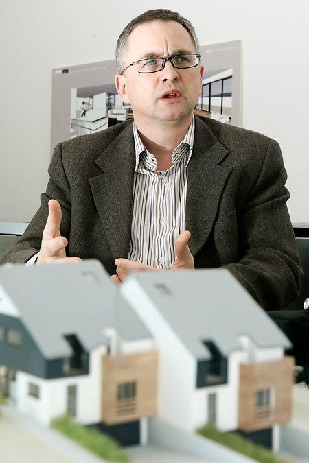Der Präsident der Chambre immobilière, Jean-Paul Scheuren, machte in einem offenen Brief an den Premierminister auf die Sorgen des Immobiliensektors aufmerksam.