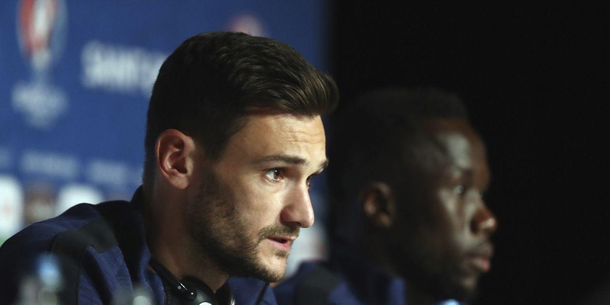 """Le capitaine des Bleus, Hugo Llorris, juge qu'il n'y a pas de """"favori"""" pour cette finale."""