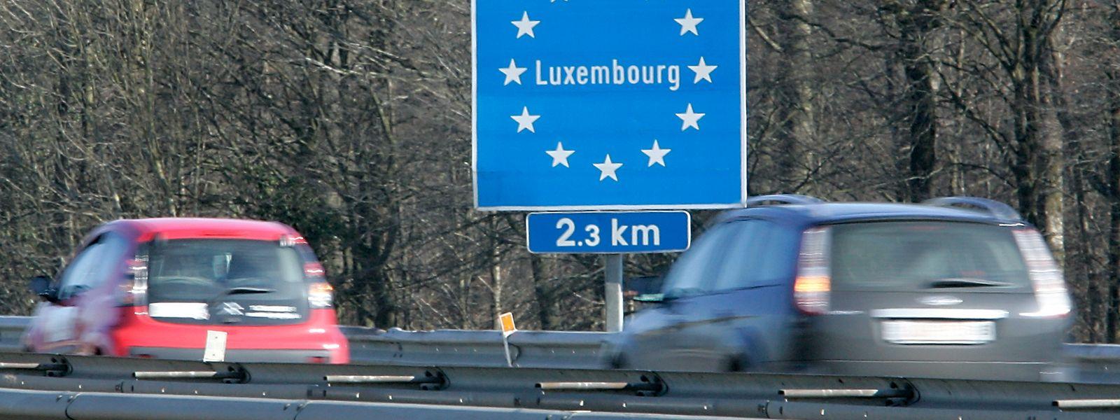Le biostatisticien Geert Molenberghs conseille néanmoins nécessaire d'exempter les déplacements professionnels, et notamment les va-et-vient des frontaliers.