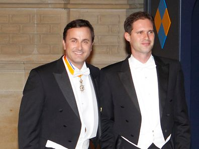 Xavier Bettel (l.) and Gauthier Destenay at the royal wedding in 2012