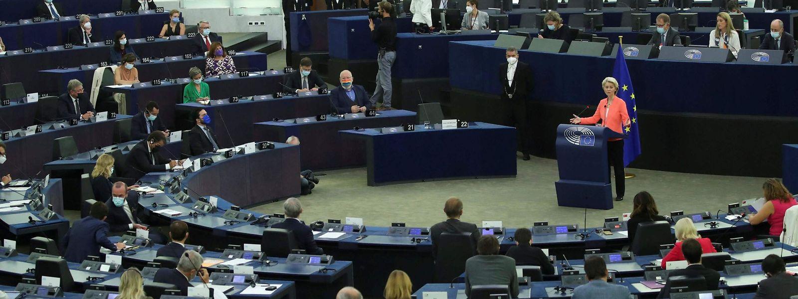 La présidente de la Commission n'a pas convaincu les eurodéputés luxembourgeois, que ce soit sur le plan de l'évasion fiscale, de la protection de l'environnement ou de l'Afghanistan.