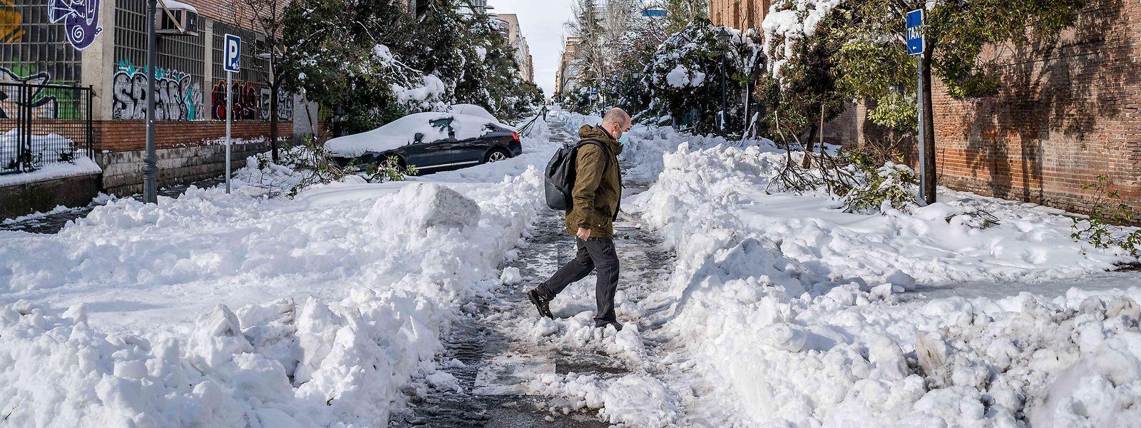 Sturmtief «Filomena» forderte vier Menschenleben und legte vor allem Madrid mit historisch heftigem Schneefall lahm.
